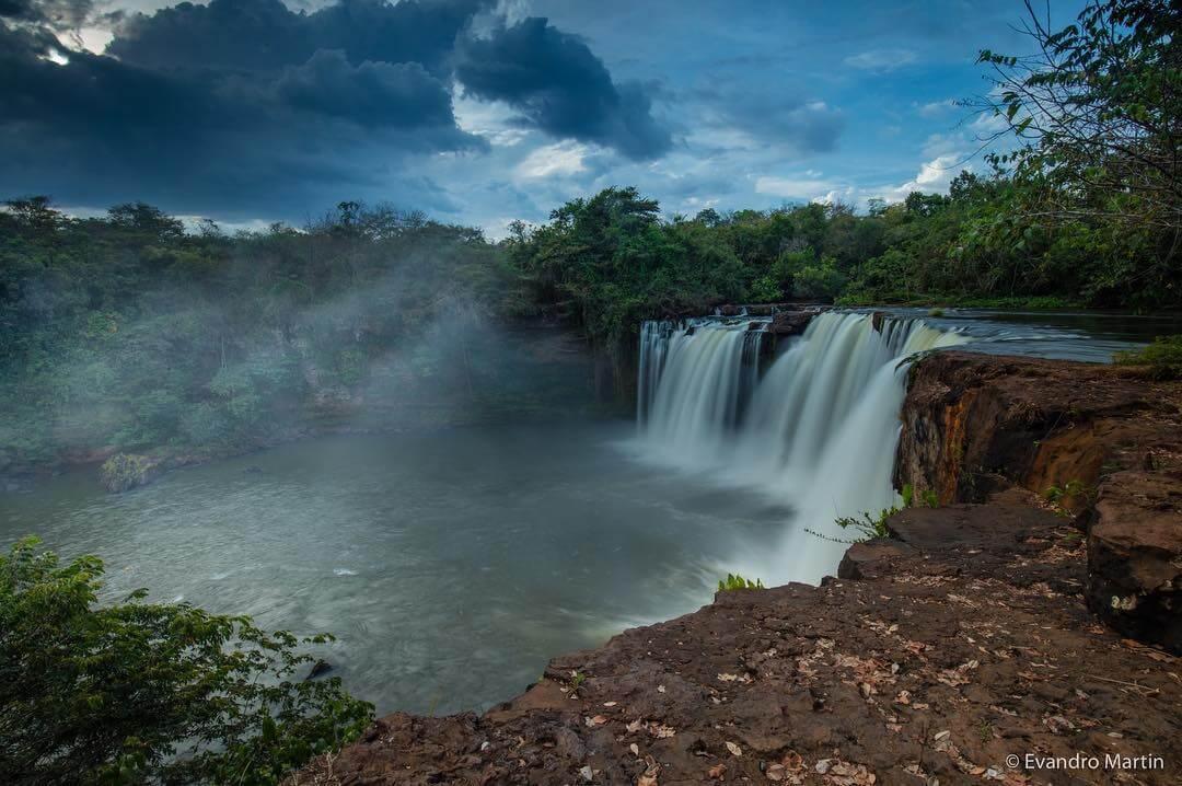 Cachoeira de São Romão.