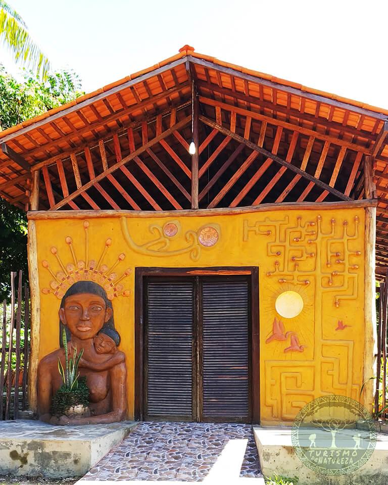 Conheça os artesanatos marajoaras no Ateliê Arte Mangue Marajó em Soure.Conheça os artesanatos marajoaras no Ateliê Arte Mangue Marajó em Soure.