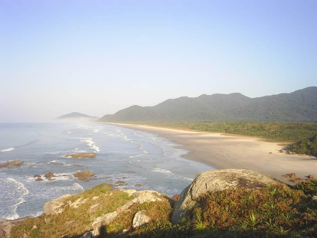Praia de Laje.