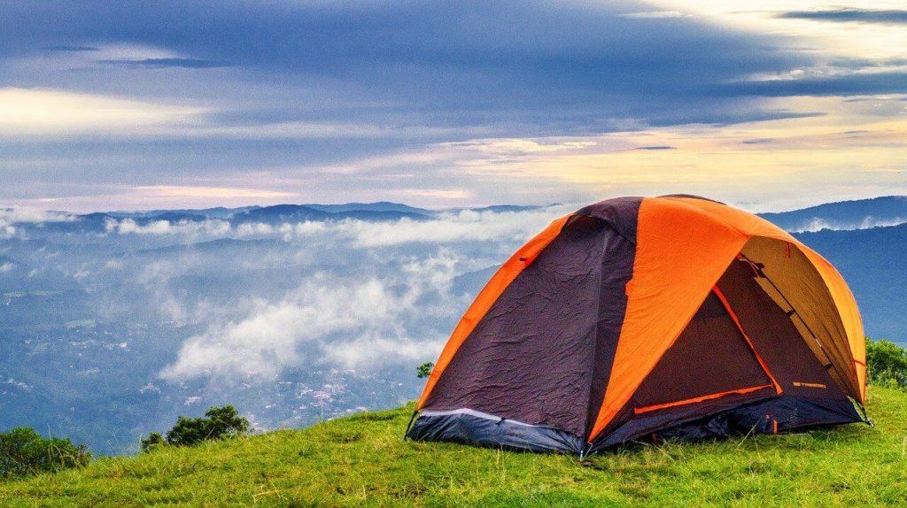 O sobreteto é um dos principais atenções que deverá ter na hora de comprar sua Barraca de Camping.