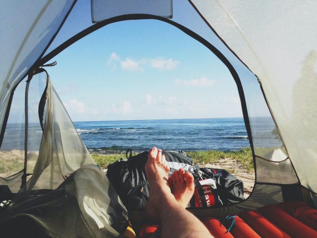 Sobre como escolher uma barraca de Camping, leve em consideração na hora da compra de uma o seu conforto.